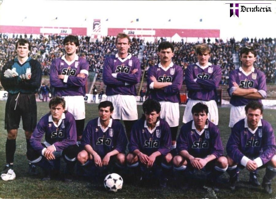 1990-poli90~0