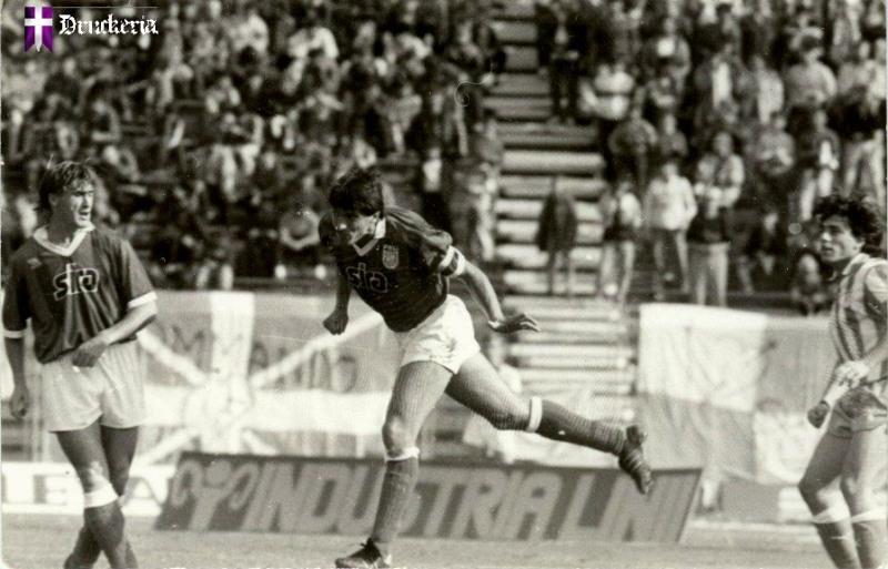 1990_09_19-poli-atletico2-0_06