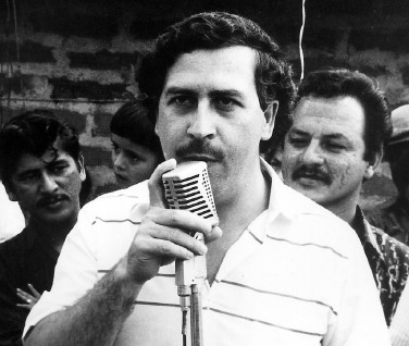 https://i1.wp.com/www.drugwiki.net/blog/wp-content/uploads/2009/04/pablo-escobar.jpg