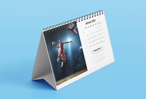 Sport foto van basketballer op bureaukalender