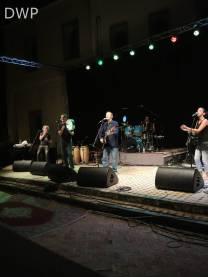 Idir and the band