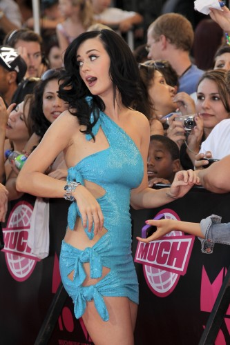 katy perry in a blue dress 333x500 katy perry in a blue dress