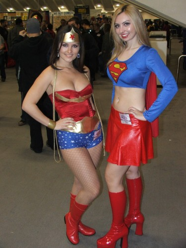 wonder woman and supergirl cosplayers 375x500 wonder woman and supergirl cosplayers