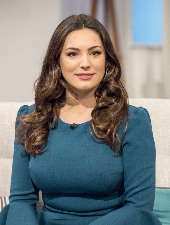 Kelly Brook in blue 778x1024 Kelly Brook in blue