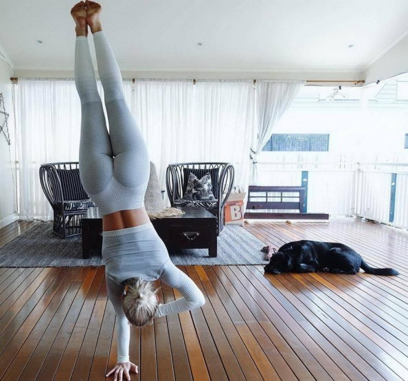 one hand stand one hand stand