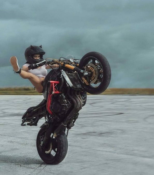 spread eagle on a motorcycle 899x1024 spread eagle on a motorcycle