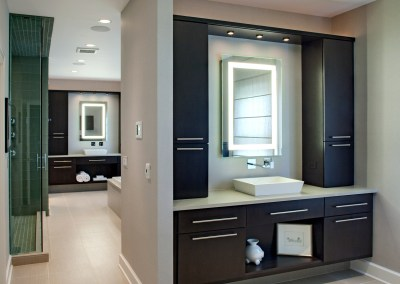 His and Hers Contemporary Master Bathroom