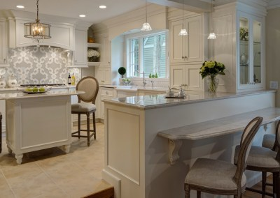 Luxury Meets Character in Timeless Kitchen Design
