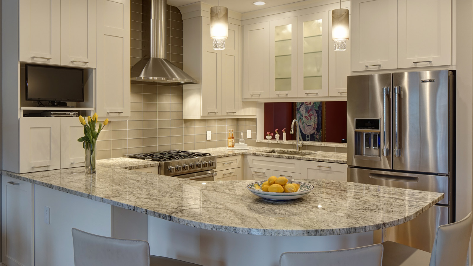 Open-Concept Kitchen and Family Room Combo - Drury Design