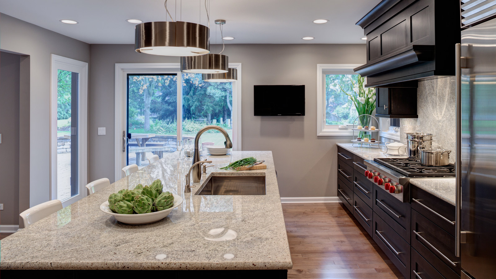 Zen-Like Naperville Kitchen - Drury Design