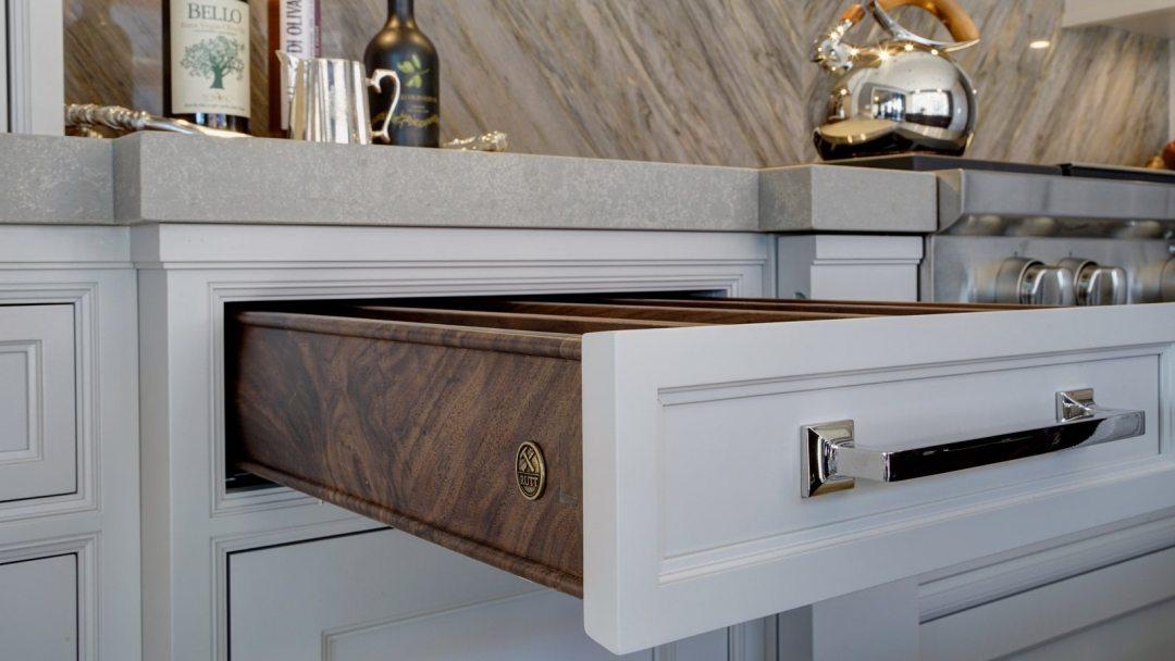 1600-x-900-rutt-transitional-kitchen-design---ruskin-series-drury-design3
