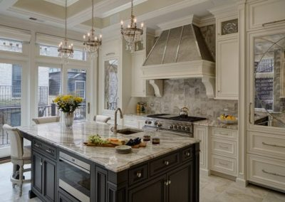 Chicago Renovation Project Revives Gold Coast Brownstone