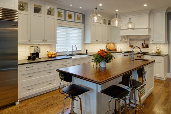 Grothouse Feature | Mahogany Wood Countertop in Hinsdale, IL