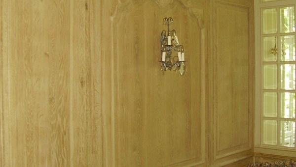 Drewniana boazeria w stylu francuskim