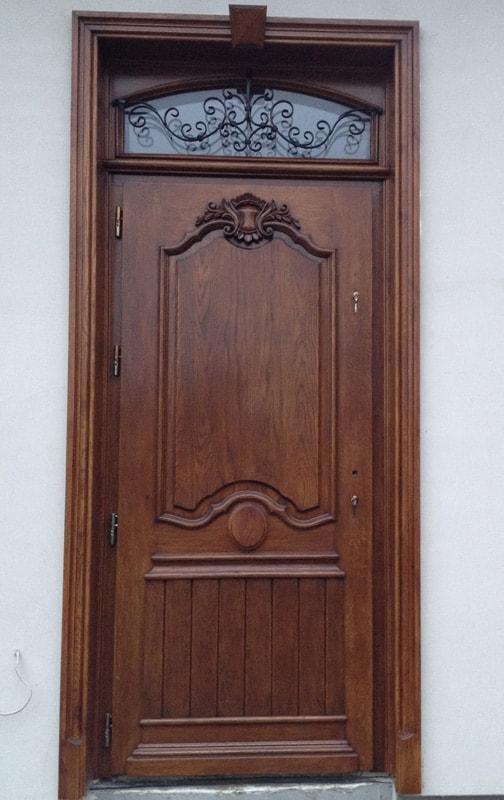 Drzwi zewnętrzne ręcznie wykonane zdobione