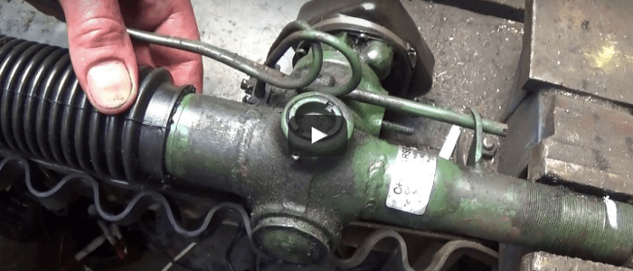 How to exchange the dust covers of the steering rack