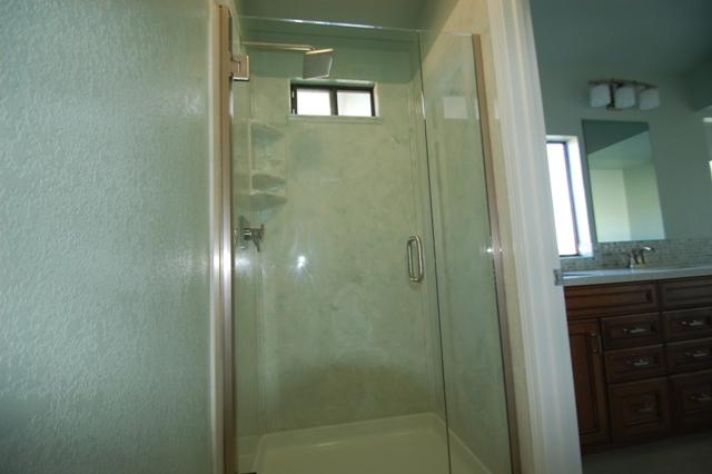 Heavy Glass Frameless Shower Pivot Door