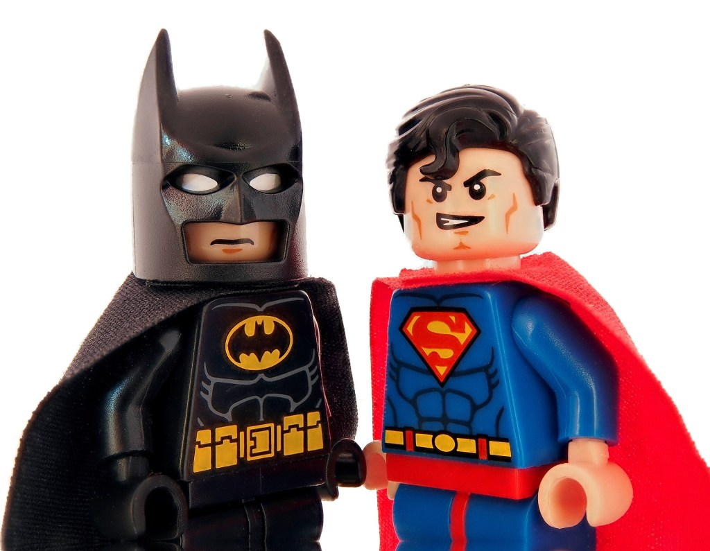 batman(backlink)-superman(keyword)
