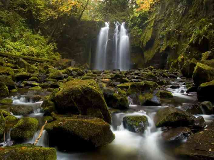 The Falls Majestic