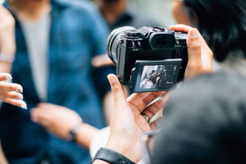Vlogging Camera under 300