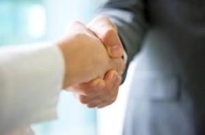 Handshake Eight BH