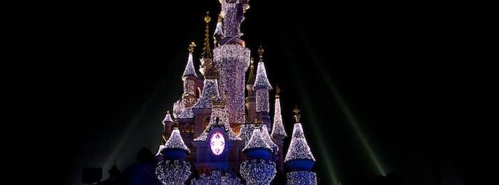 Photo du château de Disneyland Paris pour Noël