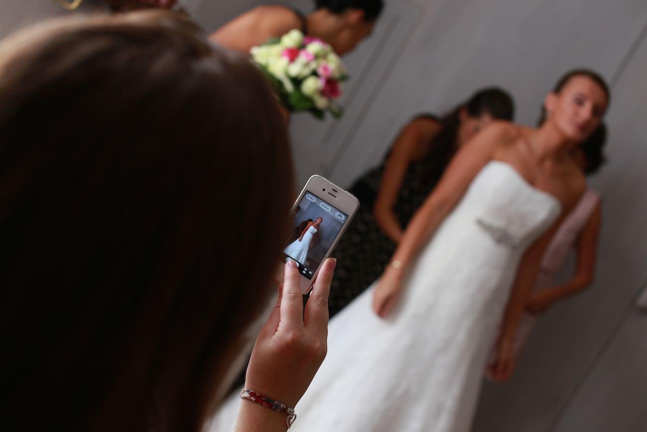 Photo de la mariée à l'iphone