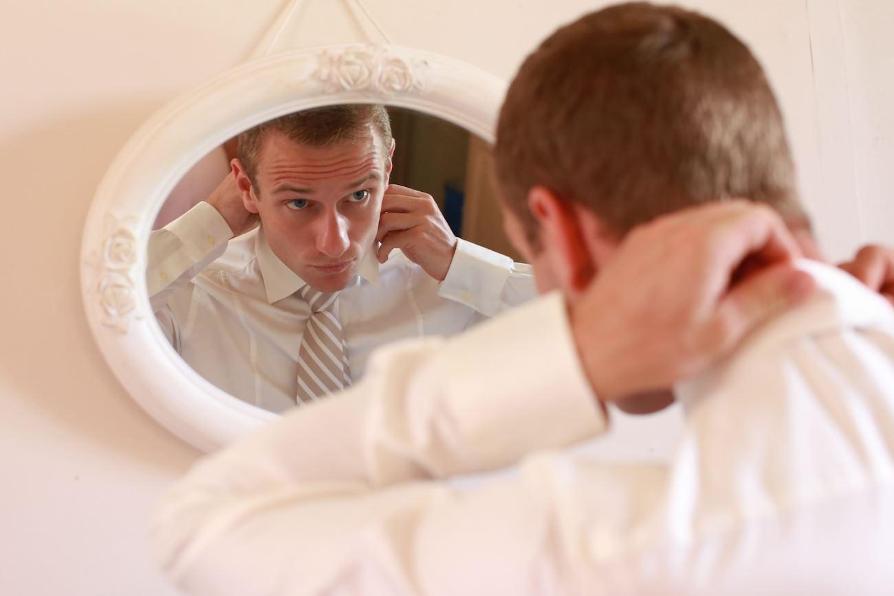 préparatif du marié à Riveneuve