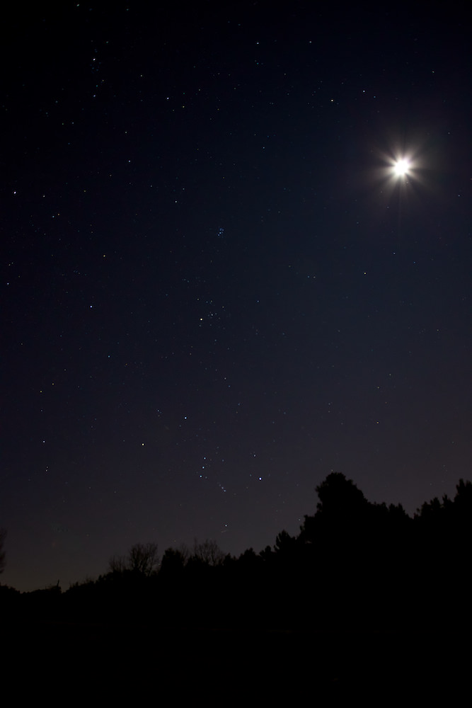 La lune et les étoiles