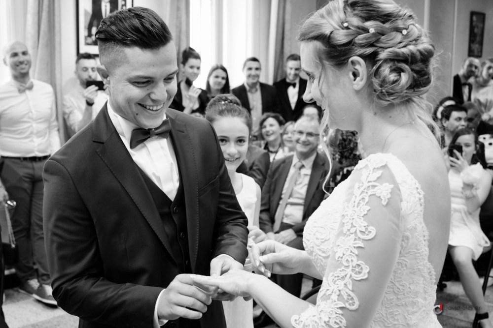 passage d'alliance entre les mariés