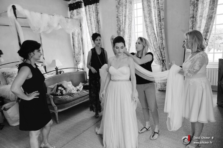 Préparatifs de la mariée au château d'Ayguebelle