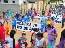 Pedrinhas e Coveima I: ação social com direito a desfile