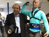 Exoesqueletos do Projeto Andar de Novo chegam ao Brasil