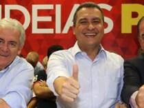 Rui Costa e o  governador na plenária de retorno no Sudoeste
