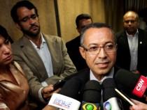Bernardino Brito toma posse como delegado-geral da Polícia Civil