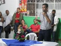 Prefeito de Queimadas anuncia desistência da reeleição