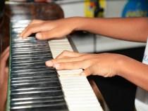 Conservatório Municipal de Música homenageia pais