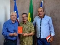 """""""Quintas de Maio"""" homenageia Governo Municipal"""