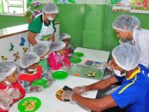 Cuidado especial com as refeições servidas nas escolas