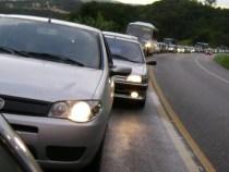 Farol baixo notifica 379 motoristas na Bahia