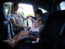 Fiscalização para uso de cadeirinha infantil em veículos será mais rígida