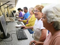 UESB: Curso de Inclusão Digital para Terceira Idade