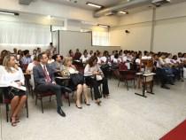 Programa Primeiro Emprego inicia jovens no trabalho
