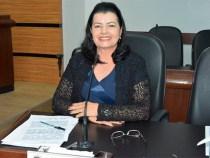 Lúcia Rocha parabeniza Ana Sheila Presidente da CDL