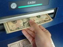 Dolar: compras disponíveis em caixa eletronicos