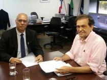 Reitor da UESB tem reunião com secretário de Educação