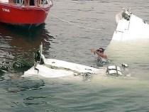 Avião não suportou o peso e caiu…