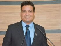 David Salomão destaca repercussão de primeiros atos do mandato