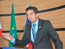 David Salomão apresenta PL em prol dos estudantes