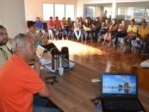 Prefeitura apresenta propostas aos servidores em greve